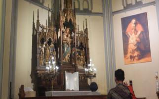 Gegara Corona, Ibadah Hari Minggu Ditiadakan, Misa Melalui Live Streaming - JPNN.com