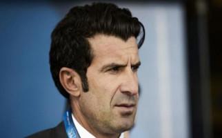 Fakta Mengerikan di Balik Luis Figo Tinggalkan Barcelona - JPNN.com