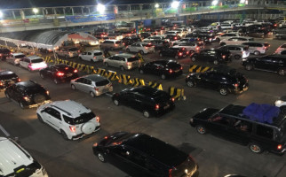 Ganjil Genap di Pelabuhan Penyeberangan Merak - Bakaheuni Dicabut, Ini Gantinya - JPNN.com