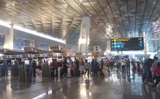 Sudah Beli Tiket, Ratusan Calon Penumpang Gagal Terbang dari Bandara Soetta - JPNN.com