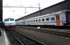 KAI Rekayasa Pemberangkatan 17 KA dari Stasiun Gambir - JPNN.com