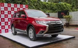 Mitsubishi Outlander 2018 Naik Level Senggol Honda CR-V - JPNN.com
