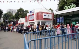 Turis pun Rela Antre 3 Jam demi Boneka Maskot Asian Games - JPNN.com