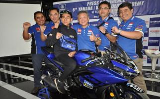 Pembalap Lumajang Ini Akan Berguru Balap ke Valentino Rossi - JPNN.com