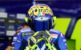 Melabrak Pakem, Valentino Rossi Jajal Yamaha M1 Tanpa Winglet - JPNN.com