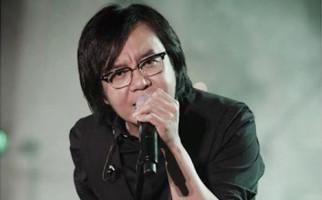 3 Berita Artis Terheboh: Kondisi Terkini Ari Lasso, Billy Syahputra Mau Jual Mobil - JPNN.com
