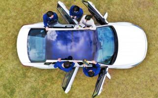 Ide Kreatif Sunroof Mobil dengan Panel Surya - JPNN.com