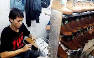 Pasar Sepatu Domestik Turun Hingga 60 Persen - JPNN.com
