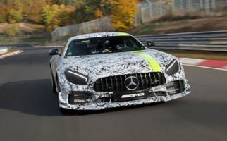 Mercedes AMG GT R PRO Digadang Dekati Kekuatan Mobil Sirkuit - JPNN.com
