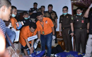 Pembunuh Satu Keluarga di Bekasi, Haris Simamora Divonis Hukuman Mati - JPNN.com