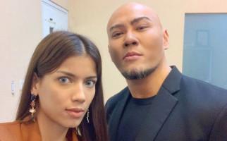 Sabrina Pasrah Bila Deddy Corbuzier Rujuk dengan Mantan Istri, Hotman Paris Protes - JPNN.com