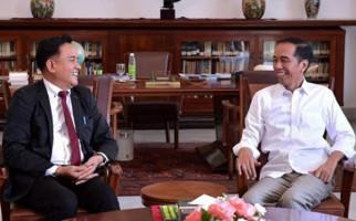 Mau Ikut Pilkada, Yuri bin Yusril Ihza Mahendra Terima Wejangan dari Pak Jokowi - JPNN.com