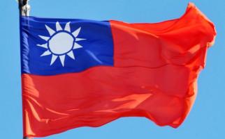 Warga Taiwan Merasa Dirugikan Lantaran Desain Paspornya Mirip Tiongkok - JPNN.com