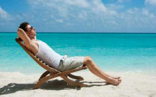 Rajin Berjemur Sinar Matahari Pagi Bisa Ringankan Gejala HIV? - JPNN.com