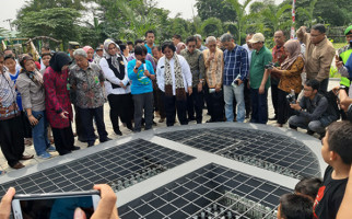 Bikin Kagum, Begini Cara Warga Teluk Jambe Selamatkan Daerah Aliran Sungai Citarum - JPNN.com