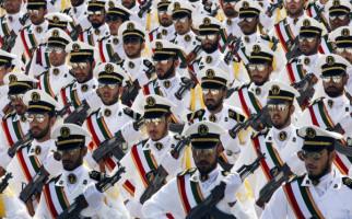 Bombardir Pangkalan Amerika, Garda Revolusi Iran: Ini Hanya Langkah Pertama - JPNN.com