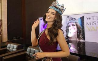 Ini Barang Wajib ada di Dalam Tas Miss World 2018 - JPNN.com