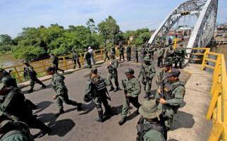 Markas Tentara Venezuela Dijarah, Rezim Maduro Salahkan Oposisi - JPNN.com