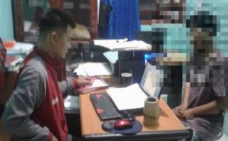 Sepasang Pelajar Tepergok Pacaran di Kawasan Eks STQ - JPNN.com
