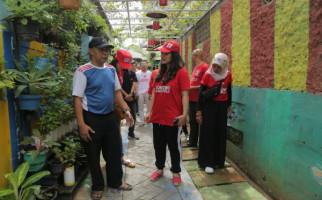 Tutup Solidarity Tour, PSI Kunjungi Kampung Markisa Tangerang - JPNN.com