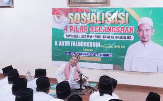 Gus An'im Ingatkan Komitmen Pesantren dalam Berbangsa dan Bernegara - JPNN.com