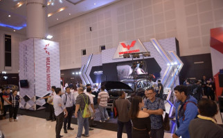 Banyak Keuntungan Beli Wuling di GIIAS Surabaya 2019 - JPNN.com