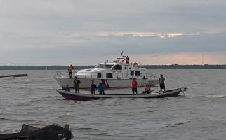 KSOP Kumai Lanjutkan Pencarian Korban Tenggelamnya Perahu Klotok - JPNN.com