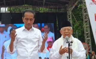 Dari Pintu ke Pintu, ARJ Bagikan 1 Juta Kaus Jokowi - Amin - JPNN.com