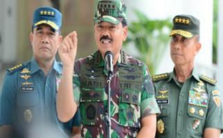 Panglima TNI Ziarah ke Makam Pak Harto dan Ibu Tien - JPNN.com