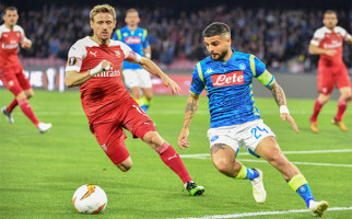 Di Tengah Laga Napoli vs Arsenal, Nacho Monreal Sempat Buang Air Besar - JPNN.com