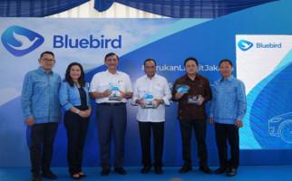 Operasikan Mobil Listrik, Bluebird jadi Pionner di Industri Transportasi - JPNN.com
