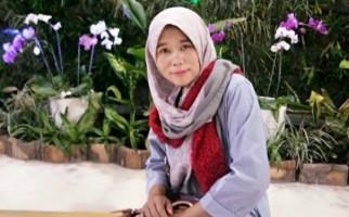 Titi Diminta Berhenti Memecah Belah Honorer K2 - JPNN.com