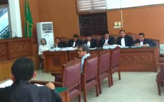 Tompi dan Rocky Gerung Bersaksi, Ratna Sarumpaet: Enggak Penting - JPNN.com