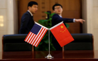 Panas Lagi, Amerika Berlakukan Wajib Lapor untuk Diplomat Tiongkok - JPNN.com