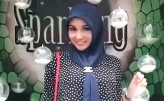 Berjilbab, Lucinta Luna Ucapkan Marhaban Yaa Ramadan - JPNN.com