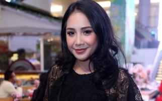 Listrik Mati, Nagita Slavina Pilih Terbang ke Singapura - JPNN.com
