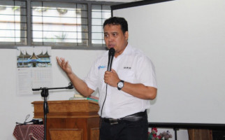 Hasil Survei IGI: Menteri Nadiem Biasa Saja - JPNN.com