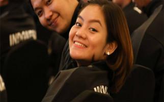 Tania Oktaviani Siap Bantu Bawa Kok dan Makanan Buat Seniornya di Tim Piala Sudirman 2019 - JPNN.com