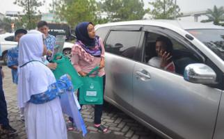 KLHK Kampanyekan Ramadan Bersih Sampah di Rest Area Cibubur - JPNN.com