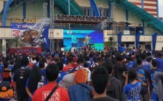 Aremania Galang Dana untuk Korban Kerusuhan Suporter di Sleman - JPNN.com