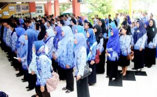 Anggaran Pendidikan Melonjak, Gurunya Didominasi Honorer - JPNN.com