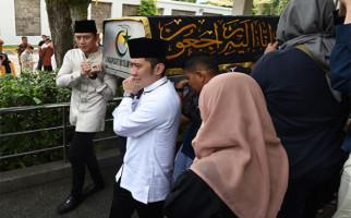 Jenazah Bu Ani Yudhoyono Diperkirakan Tiba di Halim Pukul 10 Malam Ini - JPNN.com