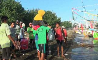 Dalam Sehari, Nelayan Bisa Gendong 100 Orang Pemudik - JPNN.com