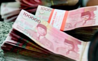 Meski Diharamkan MUI, Jasa Penukaran Uang Baru Tetap Marak - JPNN.com