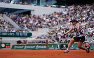 46 Tahun Puasa Australia Berakhir, Ashleigh Barty Juara Roland Garros 2019 - JPNN.com