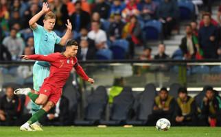 Usai Final UEFA Nations League, Ronaldo Ajak Matthijs de Ligt Ikut ke Juventus - JPNN.com