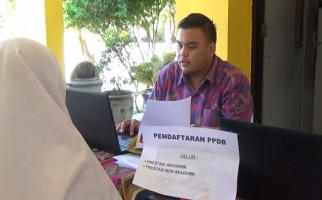 Bunda Kaget Anaknya Gagal PPDB, Kalah Bersaing dengan Calon Siswa Nilai Rendah - JPNN.com