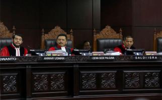 Diperingatkan Hakim MK karena Inkonsisten, Saksi 01: Siap Salah, Yang Mulia - JPNN.com