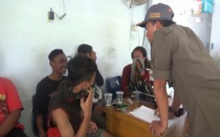 Satpol PP Pusing, Ada Anak Jalanan Berkeliaran Saat Sedang Hamil - JPNN.com