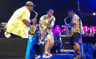Penampilan Energik Saxx In The City dan Bocoran Pusakata di Prambanan Jazz - JPNN.com